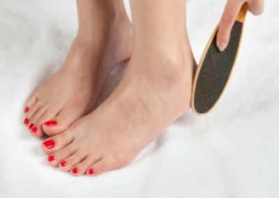 Is there a right way to file your feet?
