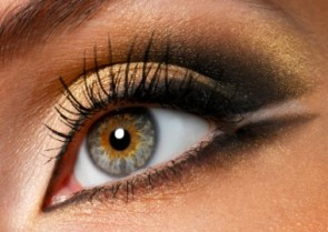 How to Use Individual Eyelashes - And Why You Should!