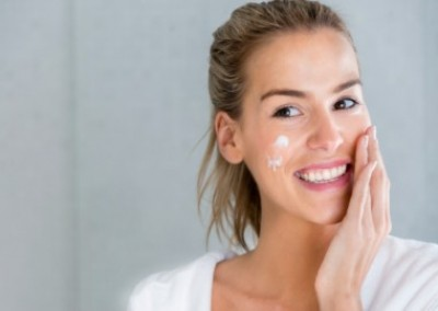 Five Reasons You Need To Exfoliate Weekly!