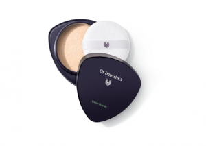 Dr Hauschka Loose Powder Review