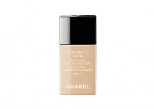 Chanel Vitalumiere Aqua Foundation Review
