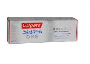 Colgate MaxWhite ONE Toothpaste Review