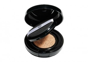 Shiseido Synchro Skin Glow Cushion Compact Puff Review