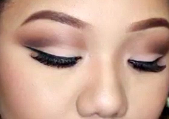 Cut Crease for Monolids